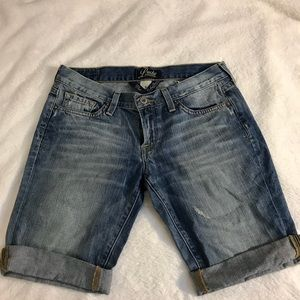Lucky brand size 6 Zoe Bermuda denim jean shorts